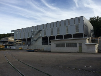 Nord - Ost Seite des Industriegebäudes Birmensdorf